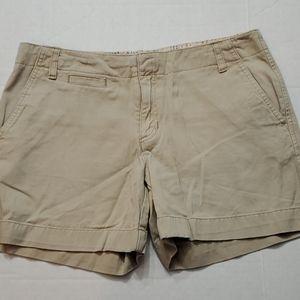 Old Navy Shorts Women's Size 6 Khakis tan